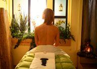 creativechakra_stone massage